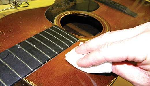 Adım Adım Gitar Temizliği Nasıl Yapılır? 4