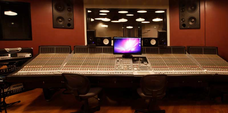 Stüdyo-Prodüktör
