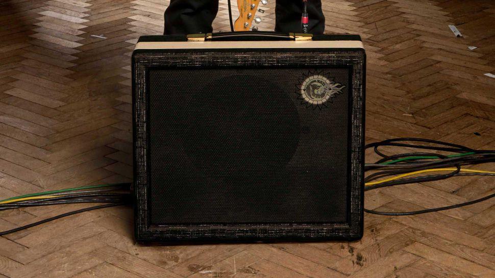 Led Zeppelin İlk Albümlerinde Kullanılan Amfi'yi Yeniden Tasarladı 3