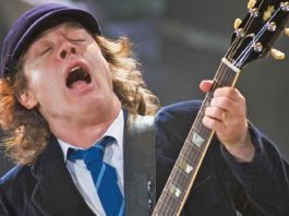 AC/DC Angus Young'un Gitar Tonunun Arkasındaki Sırlar 3