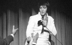 Austin Butler Elvis Presley Rolünde Oynayacak 5