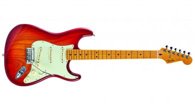 Photo of Fender American Ultra Stratocaster İnceleme