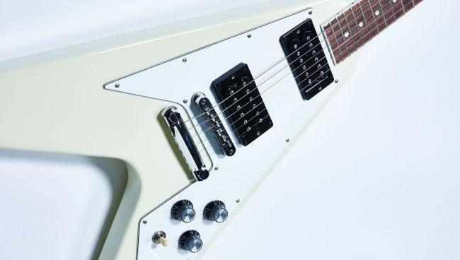 Gibson Flying V ve Explorer Modelleri İle 70'lere Geri Dönüş Yapıyor 3