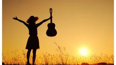 Photo of Gitar Çalmanın Sağlığınıza İyi Gelmesini Sağlayan 7 Sebep